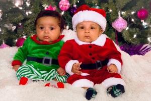 Christmas twins-45